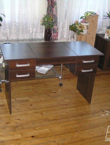 Medinis stalas